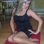blonde mature sexy pieds nus