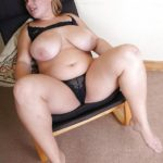 gros seins de femme obèse