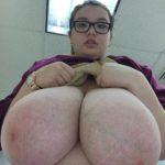 seins gigantesques