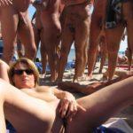 salope à niquer sur la plage