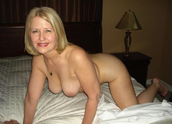 Nude Beautiful Girls Having Cum On Face Images