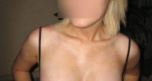 elle montre ses seins gratuit
