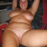 femme avec des rondeurs nue