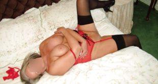 sexe à l'hotel avec une mamie