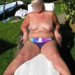 femme ronde topless